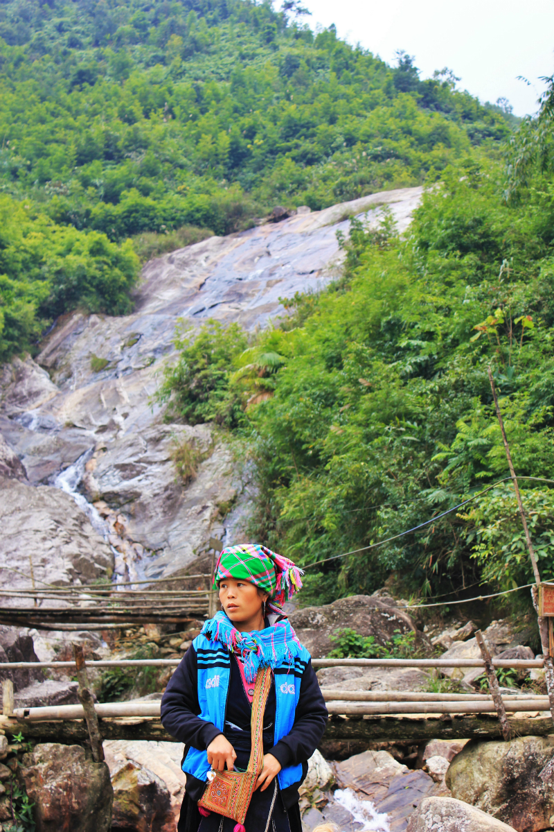 Hmong Tribe in Sapa - Charlie on Travel